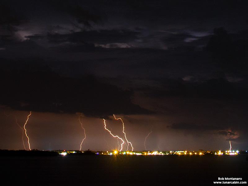lightning_150713_1