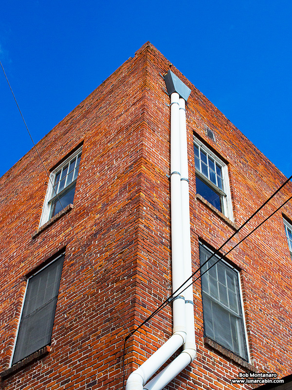 mt_dora_brick_building_161015_4